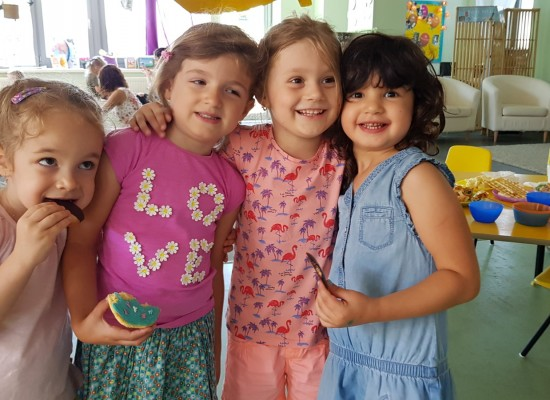 Concerts, Plays and Picnics in our Nursery Department – Developing a sense of community at King's Oak